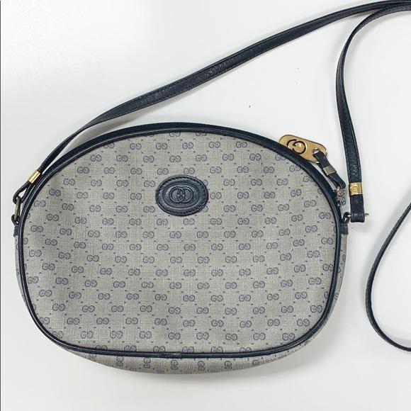 35bc820aa727 Gucci Handbags - Authentic Vintage Gucci cross body bag.